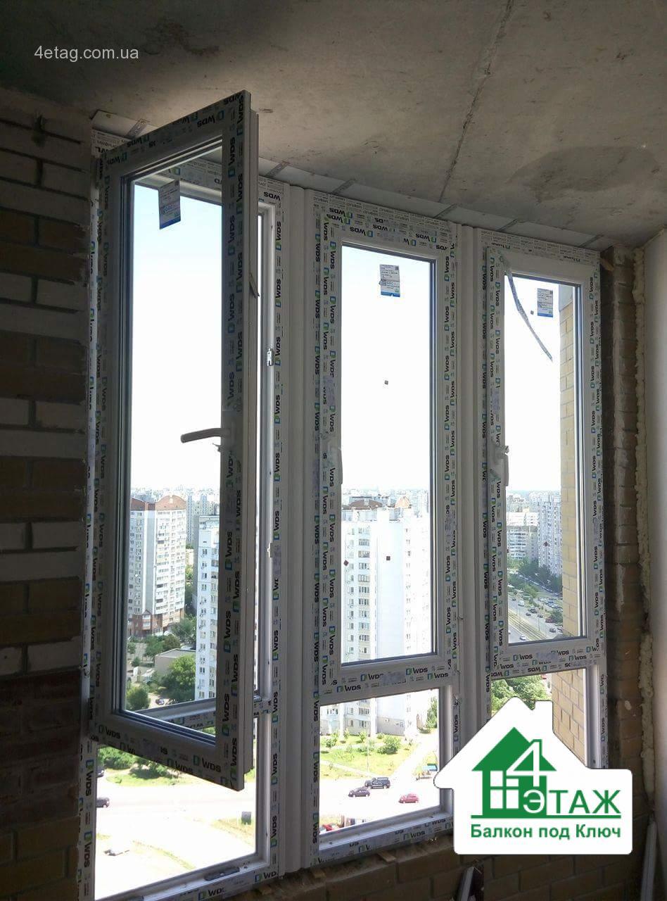 """Французское остекление балкона в новостройке, фото работ фирмы """"4 этаж Балкон под ключ"""""""