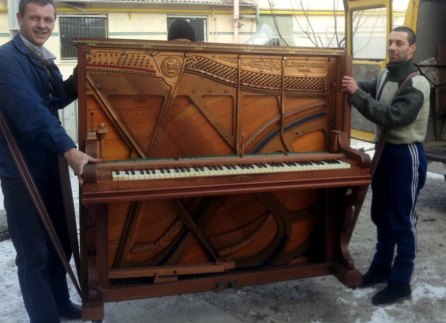 На фото: Как правильно перевозить пианино?, автор: Basmach