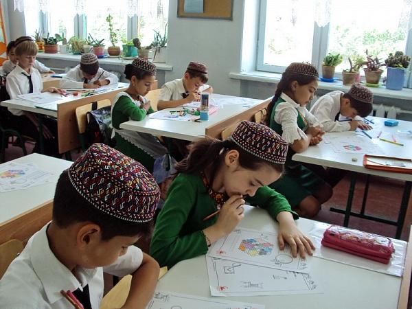 На фото: Досуг детей Туркменистана. Заряжаясь энергией (авторский репортаж), автор: Basmach