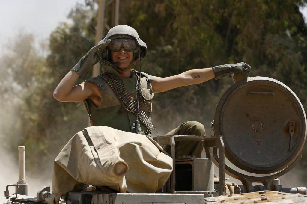 На фото: Голливудская улыбка от военных медиков (авторская заметка), автор: Basmach