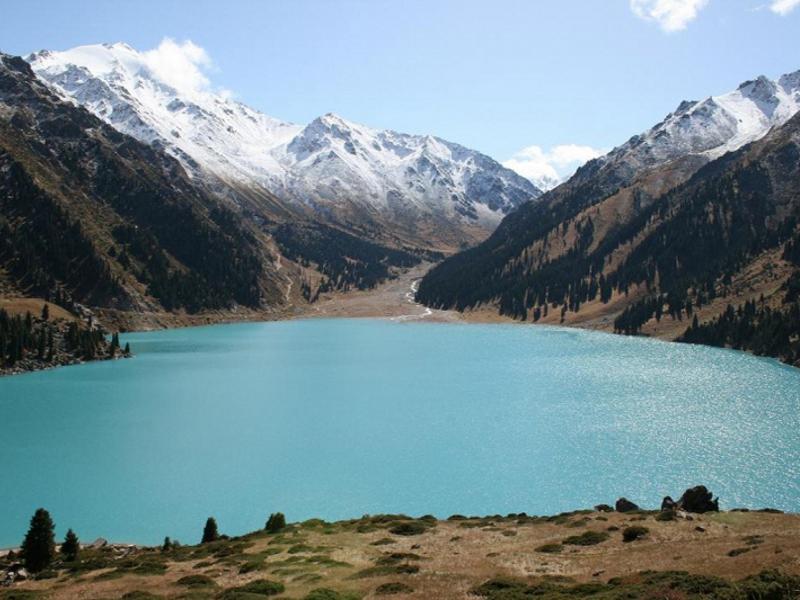 На фото: Мы летим к Белым водам. Писательский десант в Казахстан (репортаж), автор: Basmach