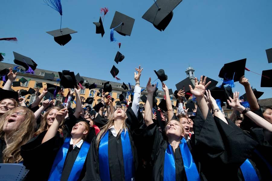 На фото: © Будущее европейского образования: дистанционное обучение, частные школы, развитие частной науки, автор: Poletaeva