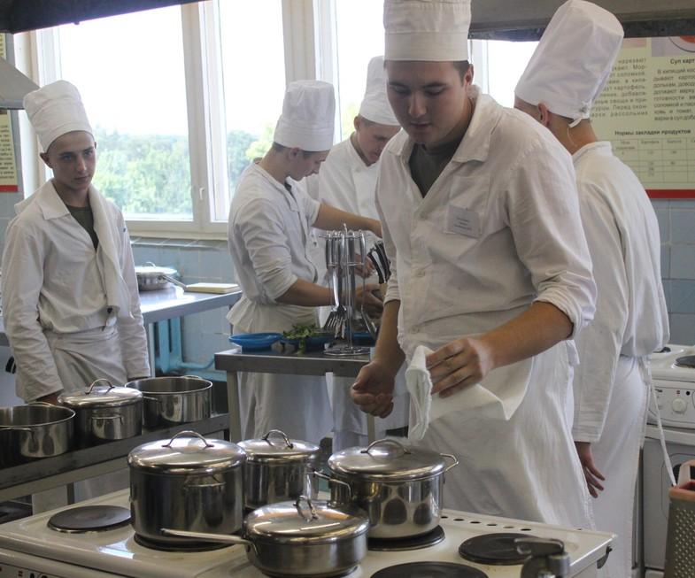 На фото: Несколько страниц из жизни школы поваров (авторская заметка), автор: Poletaeva