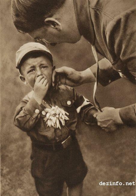 На фото: Адольф Гитлер, автор: Anne Miroslavskaya