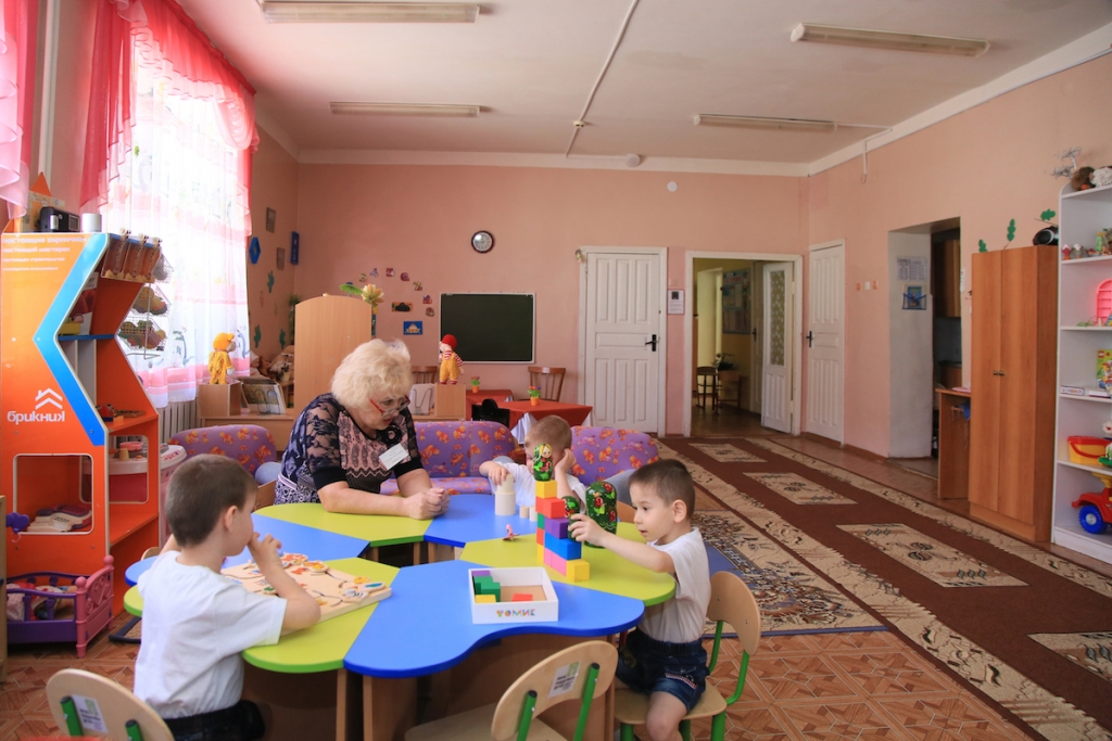 На фото: Социальная педагогика. Благотворительность по-сибирски: детский дом под названием