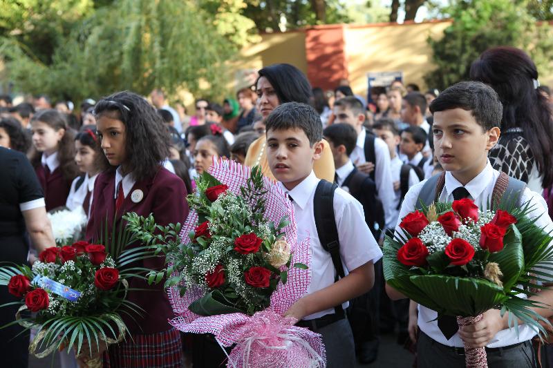 На фото: Азербайджан сегодня: ЗАОЧНОЕ ВЫСШЕЕ ОБРАЗОВАНИЕ СОКРАЩАЕТСЯ (авторский репортаж), автор: Komissarov