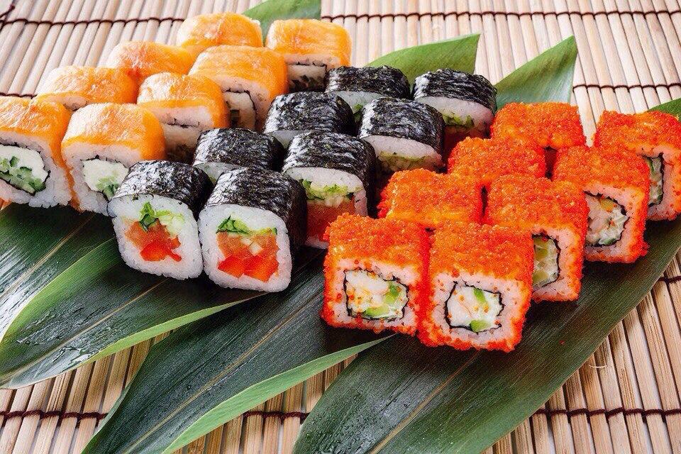 На фото: Роллы: история японской кухни, автор: admin