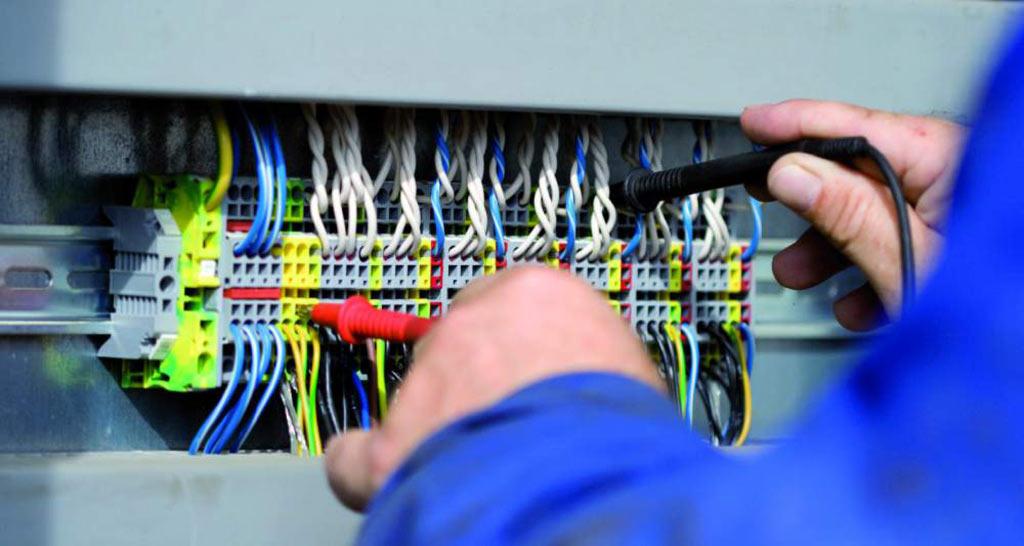 На фото: Точечные светильники и магнитные захваты от компании АСКО (пресс-релиз), автор: admin
