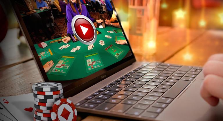 На фото: Вулкан Удачи улыбается бесплатно или Как играть в азартные игры ... без потерь (мнение), автор: admin