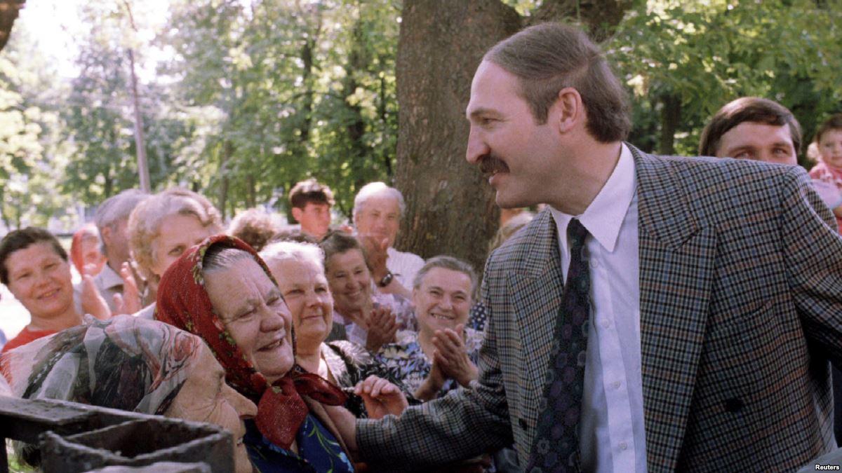На фото: Путь Александра Лукашенко к власти, автор: maskaev