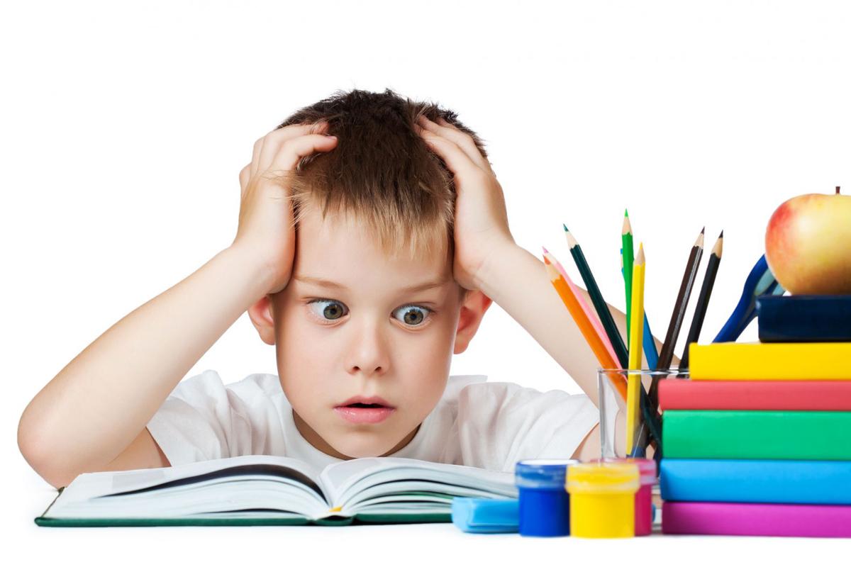 На фото: Школьные домашние задания: вчера, сегодня, завтра, автор: admin