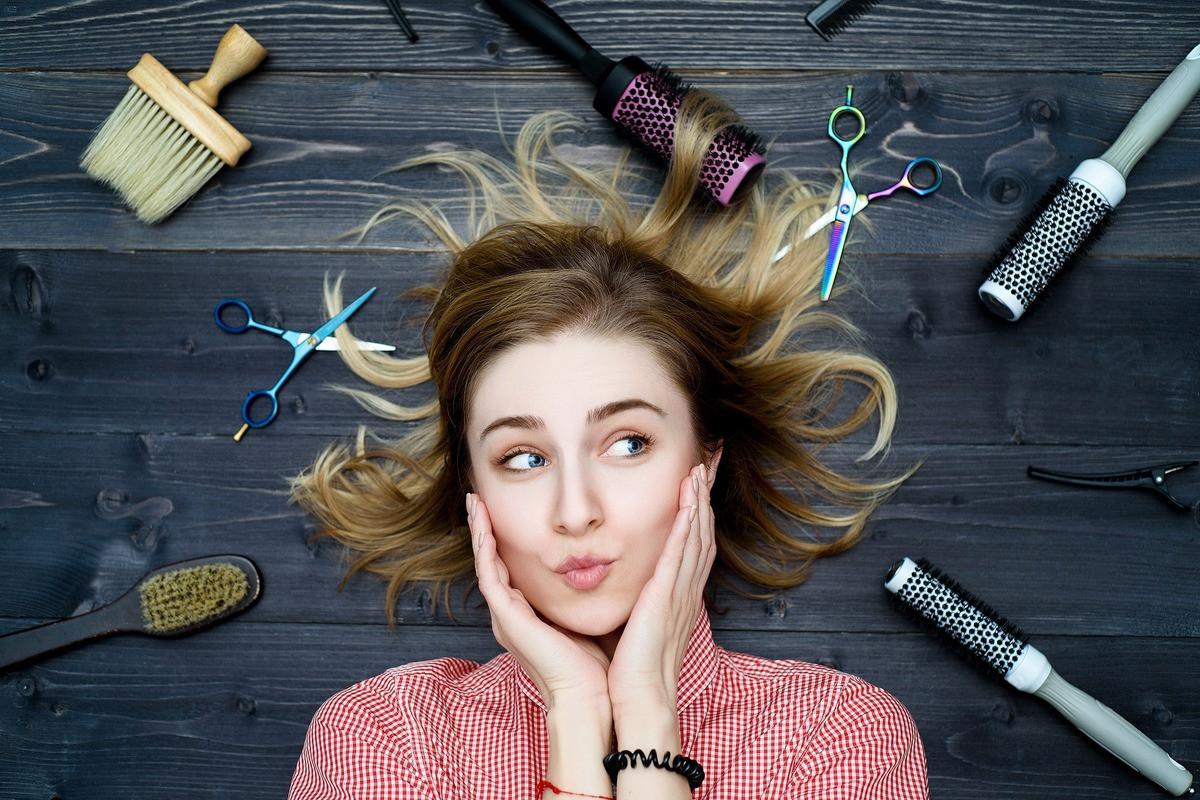 На фото: Курсы парикмахеров  - двери в прекрасный мир искусства, автор: admin