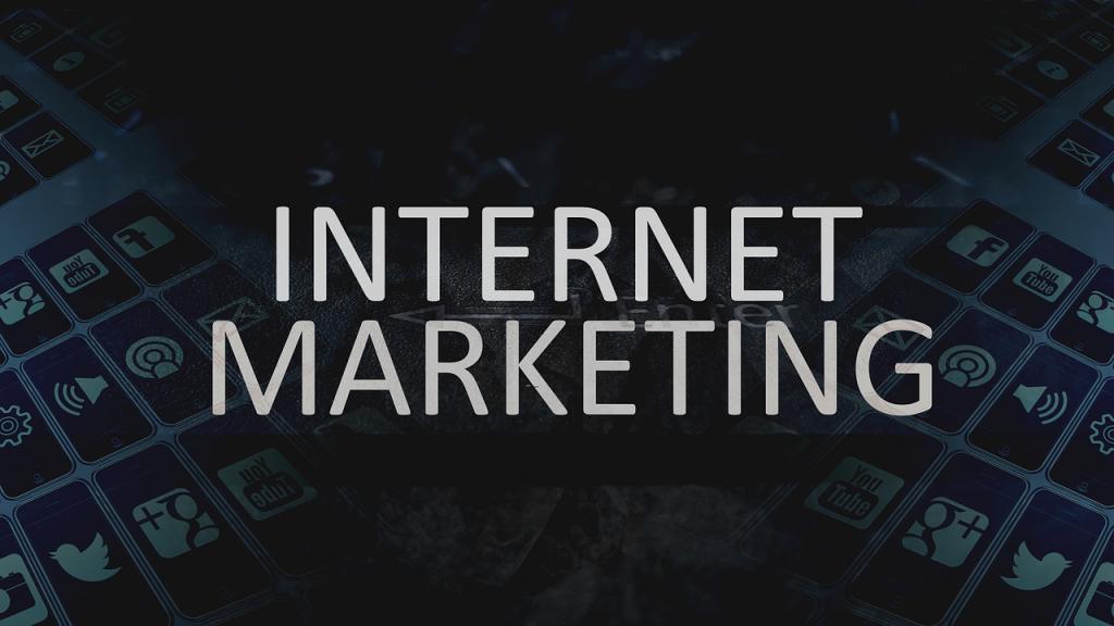 На фото: Интернет-маркетинг и его инструменты, автор: admin