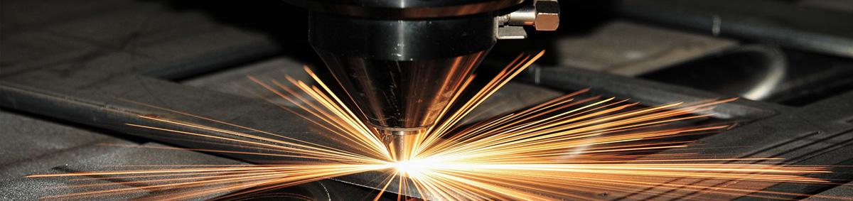 На фото: Лазерная резка стекла, автор: admin
