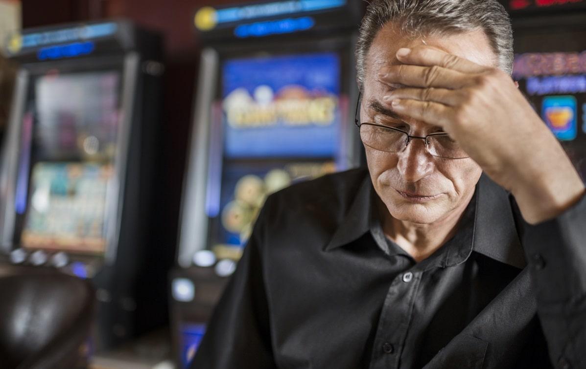 На фото: Как играть, выигрывать и проигрывать, но не быть игроманом? Статистику предоставил игровой автомат Вулкан онлайн, автор: admin